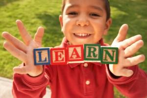 La práctica de un segundo idioma en casa ayuda en la implantación del bilingüismo